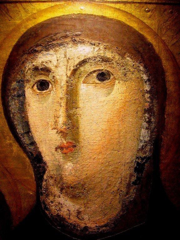 """Лик Пресвятой Богородицы. Фрагмент византийской иконы """"Богоматерь Одигитрия Дексиократуса"""". Рим, около 650 года."""
