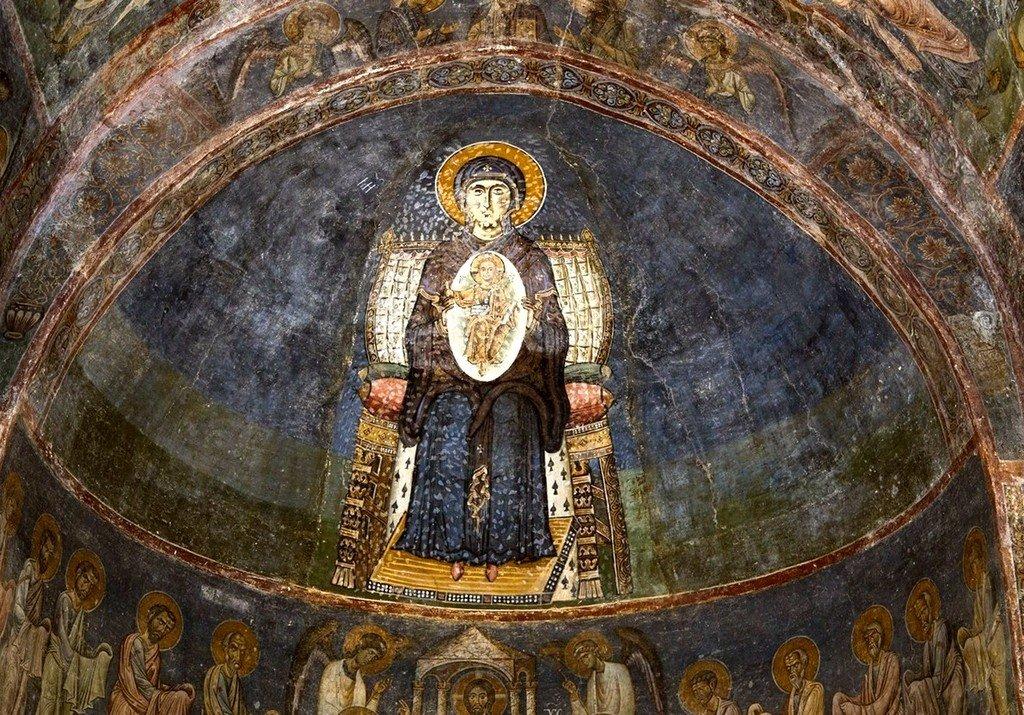 Богоматерь Никопея. Фреска собора Святой Софии в Охриде, Македония. Около 1040 года.