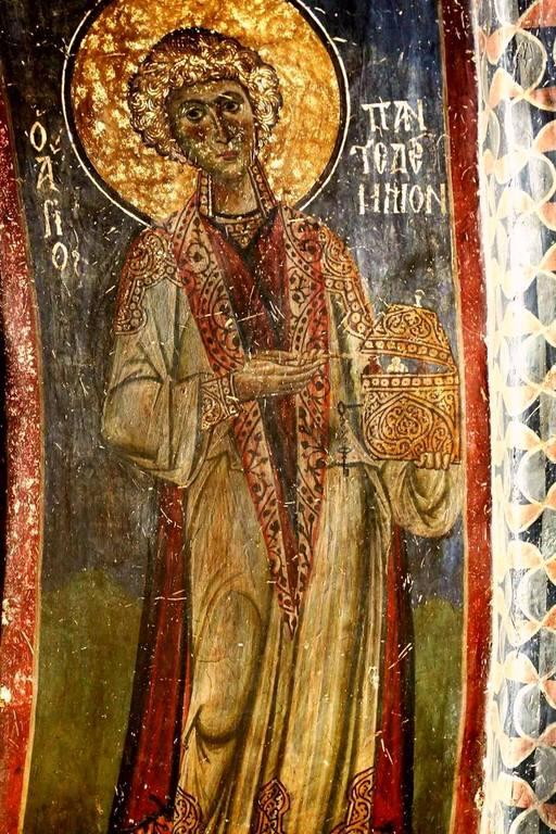 Святой Великомученик и Целитель Пантелеимон. Фреска церкви Святых Врачей в Кастории, Греция. XII век.
