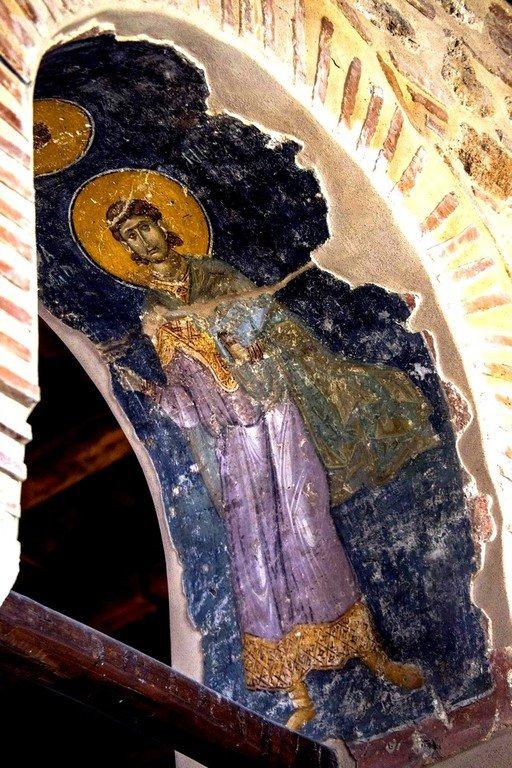 Святой Мученик Никифор Антиохийский (?). Византийская фреска в церкви Старая Митрополия в Верии, Греция.