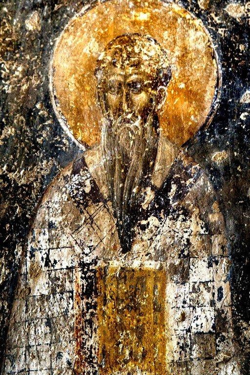 Святитель. Византийская фреска в церкви Святого Пантелеимона в Салониках, Греция.
