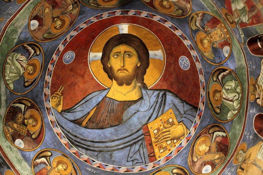 Христос Пантократор. Фреска церкви Панагии Аракиотиссы в деревне Лагудера на Кипре. 1192 год.
