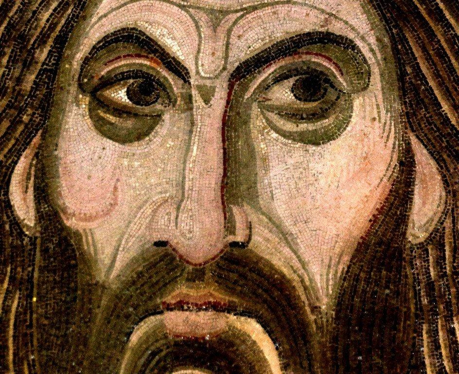 Христос Пантократор. Мозаика монастыря Дафни близ Афин. XI век.