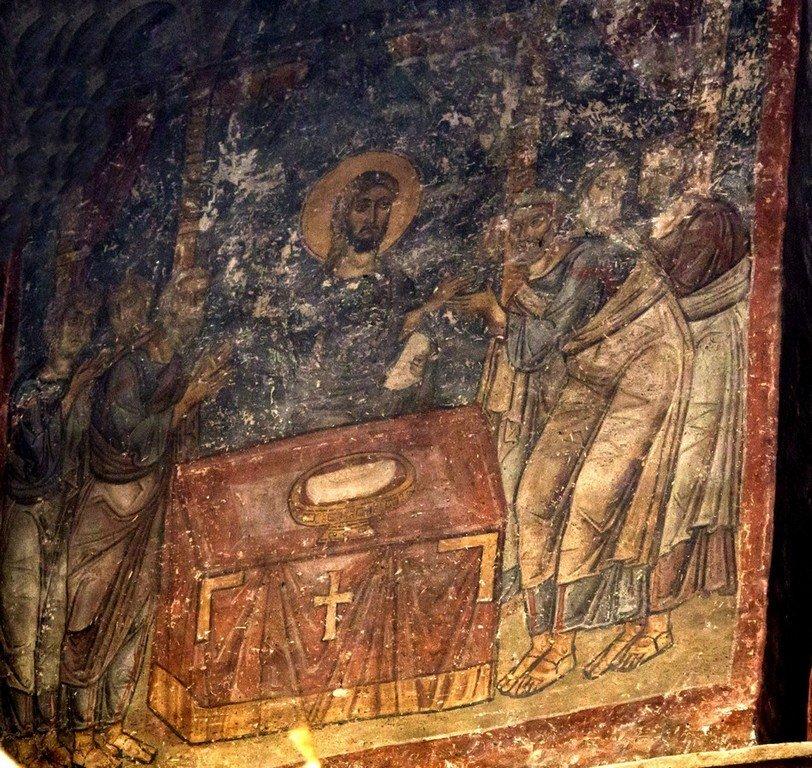 Евхаристия (Причащение Апостолов). Фреска церкви Панагии тон Халкеон в Салониках, Греция. Около 1028 года.