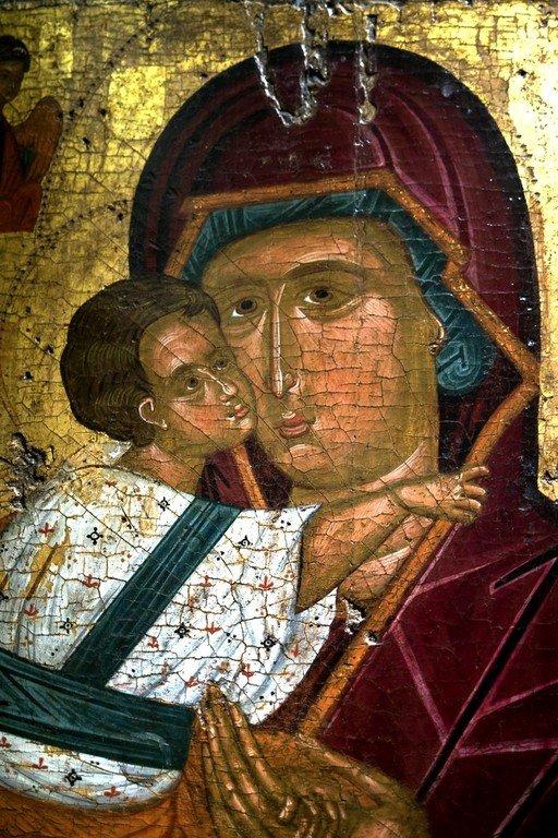 Богоматерь Елеуса (Феоскепасти). Византийская икона. Византийский музей в Афинах. Фрагмент.