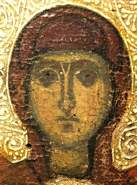 Пресвятая Богородица с Младенцем и предстоящими Архангелами. Икона. Византия, конец XII - начало XIII вв. Византийский музей в Верии, Греция. Фрагмент.