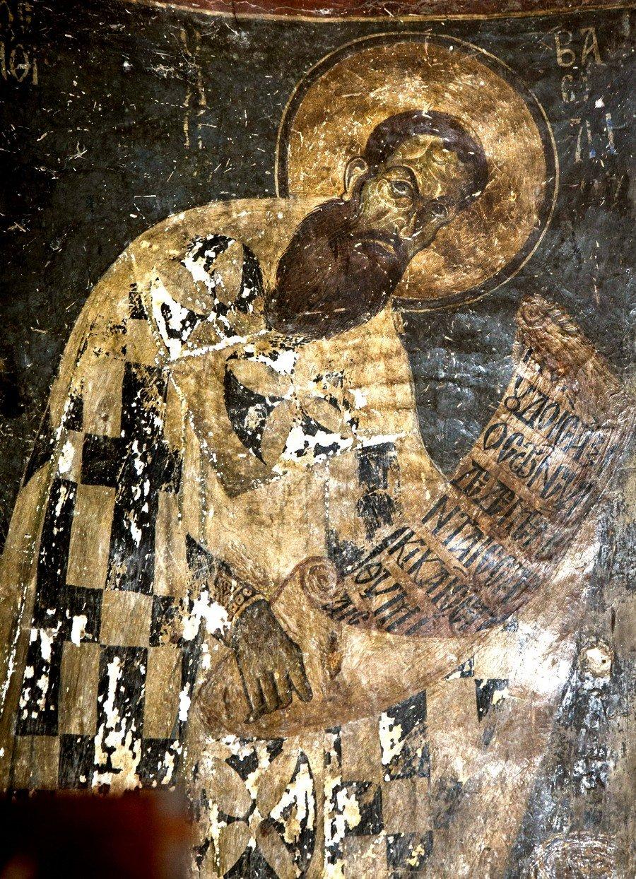 Святитель Василий Великий, Архиепископ Кесарии Каппадокийской. Фреска церкви Святых Врачей в Кастории, Греция. Конец XII века.