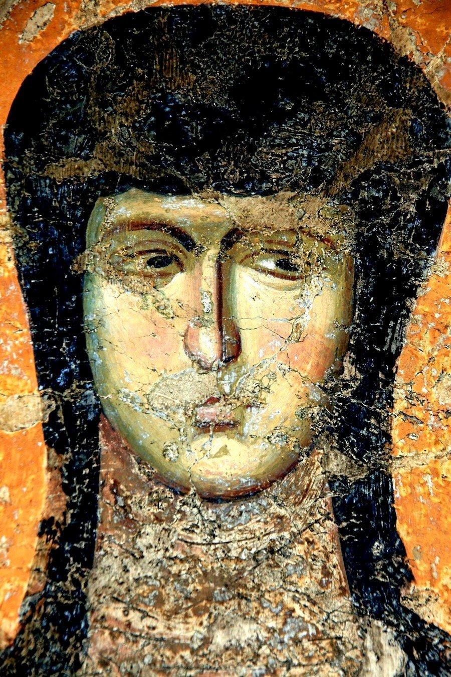 Святая Преподобномученица Феодосия Константинопольская. Фреска церкви Богородицы Левишки в Призрене, Косово и Метохия, Сербия. Около 1310 - 1313 года. Иконописцы Михаил Астрапа и Евтихий.