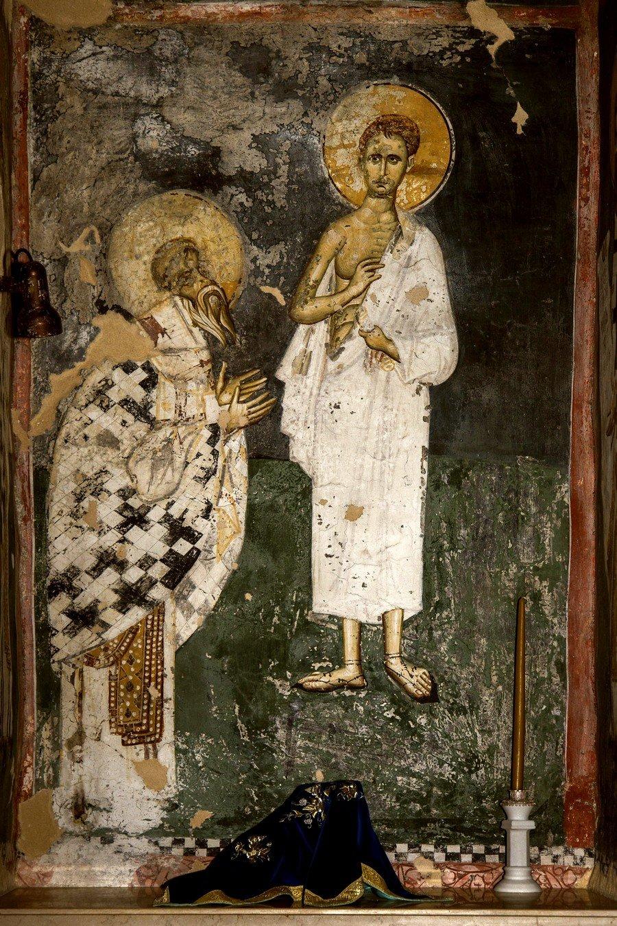 Видение Святого Петра Александрийского. Фреска церкви Богоматери Одигитрии в монастыре Печская Патриархия, Косово и Метохия, Сербия. 1330-е годы.