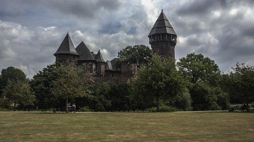 замок бург Линн