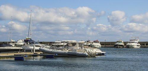 Яхты - лодочки