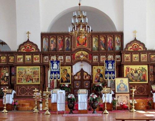 Иконостас Троицкого собора Знаменского Ковровского монастыря