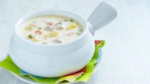 Обед. Сырный суп с курицей.