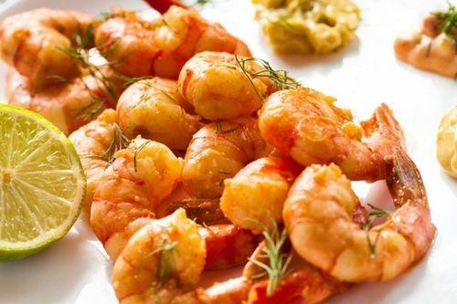 ОБЕД. Креветки в чесночном соусе.