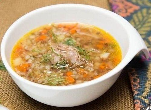 ОБЕД. Гречневый суп с курицей.